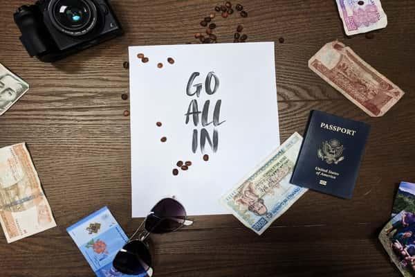 Live As a Traveler
